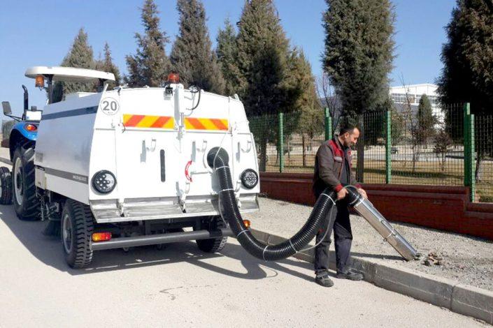 Tractor Towed Vacuum Road Sweeper